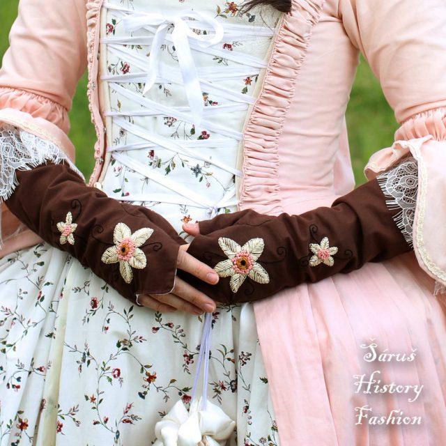 Tmavě hnědé rokoko rukavičky
