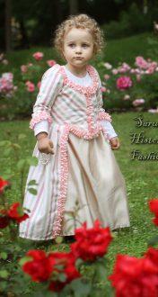 Proužkované holčičí rokoko šatečky