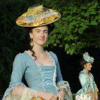 Světle modré rokoko šaty (č. 1)