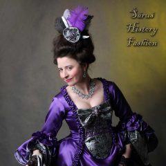 Tmavě fialové saténové rokoko šaty